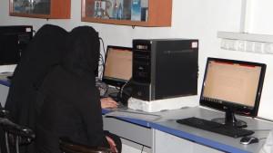 写真4:IT教室_Computer class
